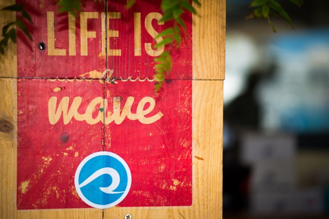 Surf Lounge — Rock on the Wave_160430__SGC9541